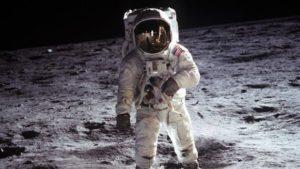Terus meninspirasi orang untuk mengeksplorasi ruang angkasa.