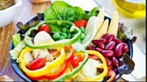 Hidangan sederhana lezat sehat meliputi biji-bijian, kacang-kacangan, buah, sayuran, rempah-rempah, minyak zaitun, kentang, pasta, dan nasi.