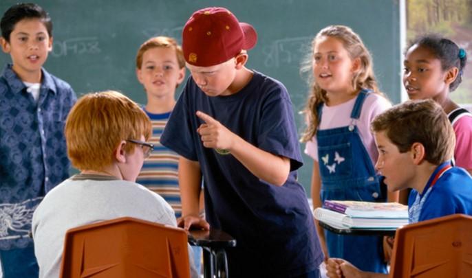 Hukum Anak Pelaku Bullying Jangan dengan Mem-bully