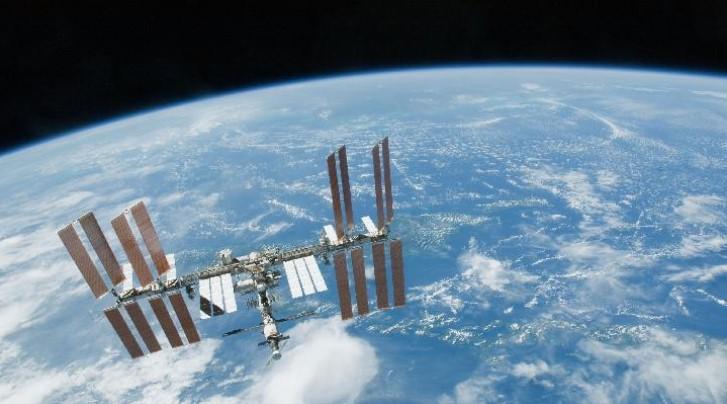 NASA dan Roscosmos akan Bangun ISS Baru di Dekat Bulan